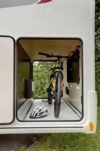 soute dans camping-car profilé PERFORMANCE P680LJ