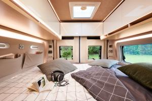 Van design edition V590LT lit transversal